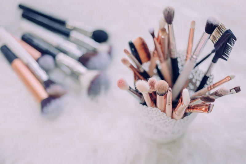 Vælg den rette makeup, og få det flotteste resultat